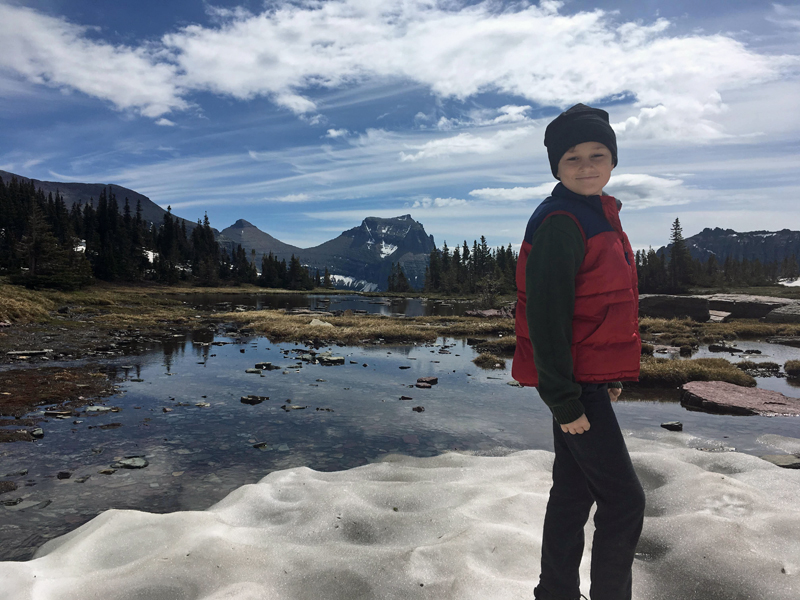 Kids can hike Hidden Lake Trail